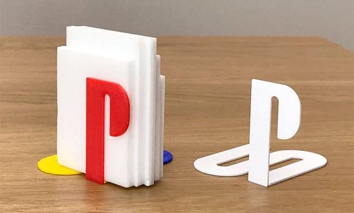 Designer cria objetos usando logotipos famosos